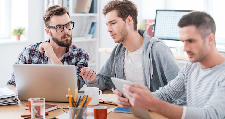تعامل و همکاری در فرآیند مدیریت محصول توسط مدیر محصول - مورد کاوی گوگل